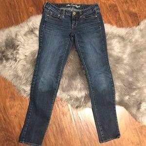 American Eagle Women's Sz 2 Skinny Jeans